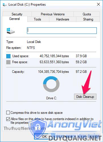 Trong phần General, nhấn nút Disk Cleanup