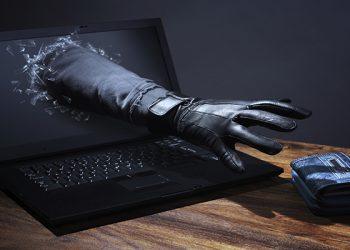 Mẹo phòng tránh bị cài lén virus gián điệp vào máy tính 1
